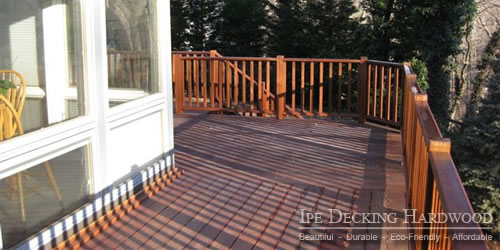 Ipe deck with railing